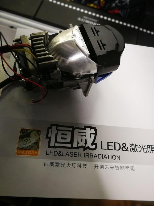 重庆奔驰ML车灯升级恒威大灯